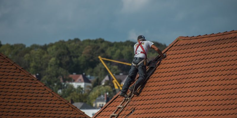 The Average Cost of Roof Cleaning in Florida